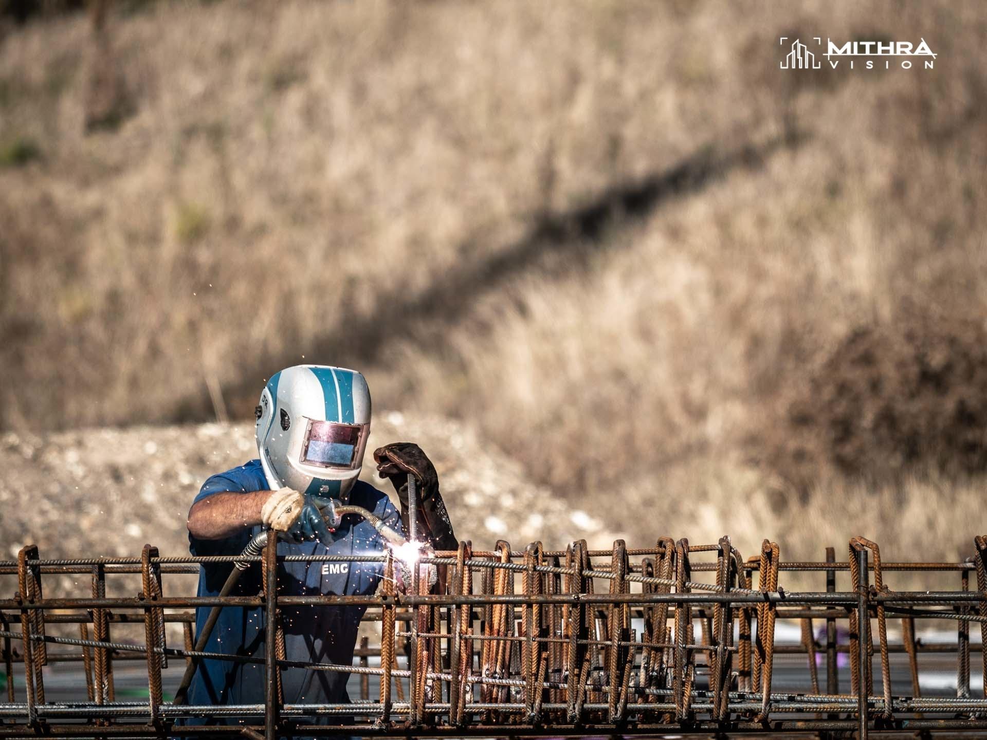 Soudure d'aciers sur un chantier Cofiroute